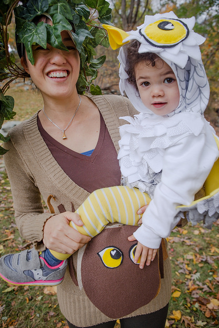 mom_baby_homemade_ow_tree_costume