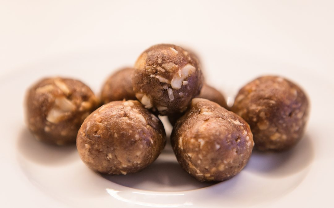 Guilt-free Date Bars (or balls!)